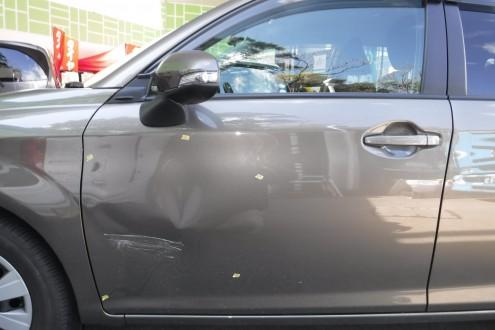 カローラフィールダーの事故、板金の施工前画像